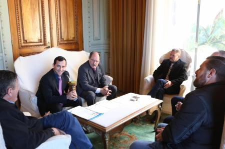 Comitiva camarense visita Governador do Estado