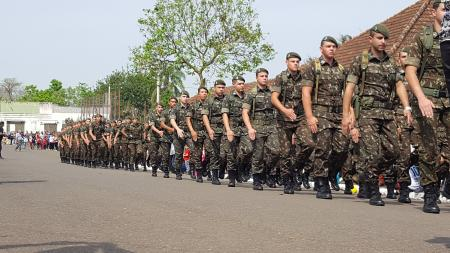 Desfile de 07 de setembro teve grande público