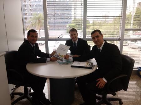 Município entrega proposta de pavimentação no Ministério das Cidades