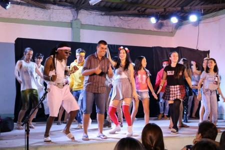 Espetáculo Adolescer lota G.D.A.G.