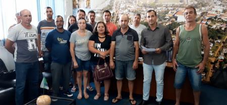 Reunião com pescadores acerca dos prejuízos que estão tendo