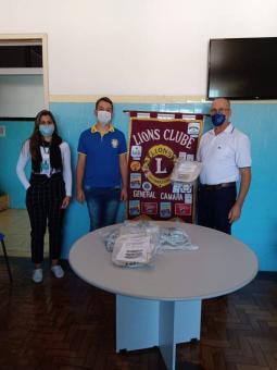 Lions Clube realiza doação de 50 protetores facia